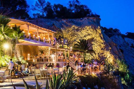 Restaurante en la playa Ibiza, organización de eventos